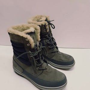 HELLY HANSEN waterproof boot size 11.5